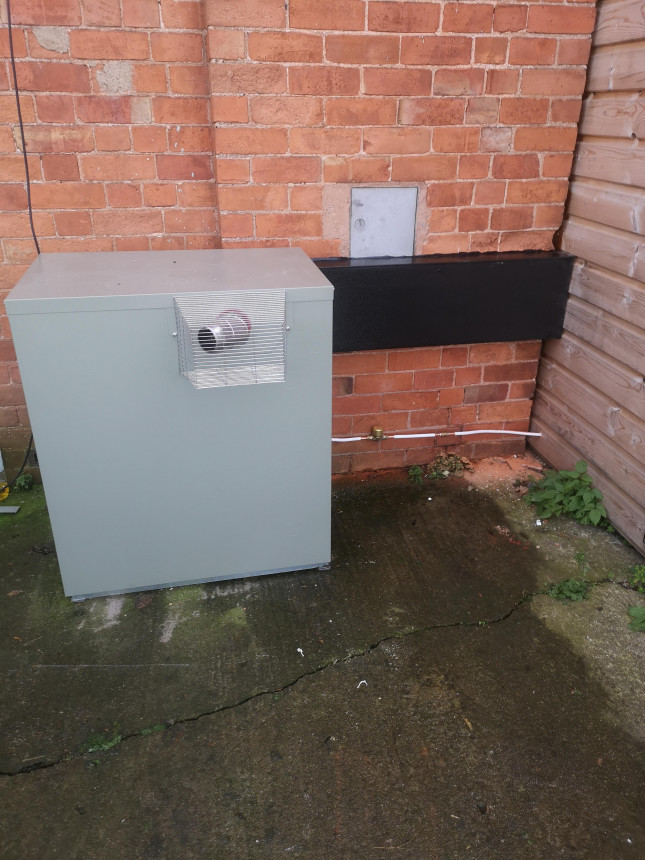 External oil boiler and hot water cylinder