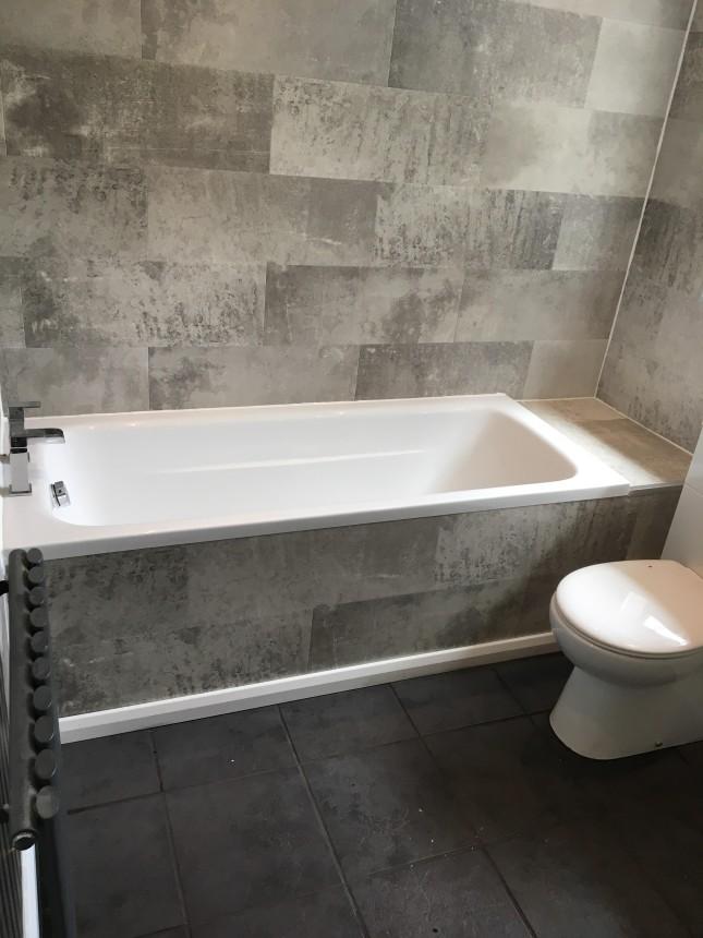 Bath & panelling