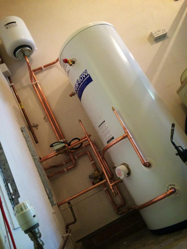 Un-vented hot water cylinder and boiler installed in Scunthorpe