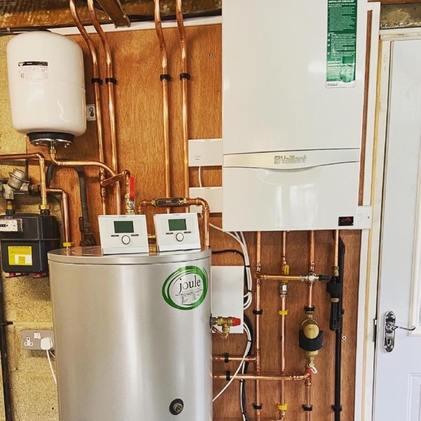 Unvented cylinder & system boiler