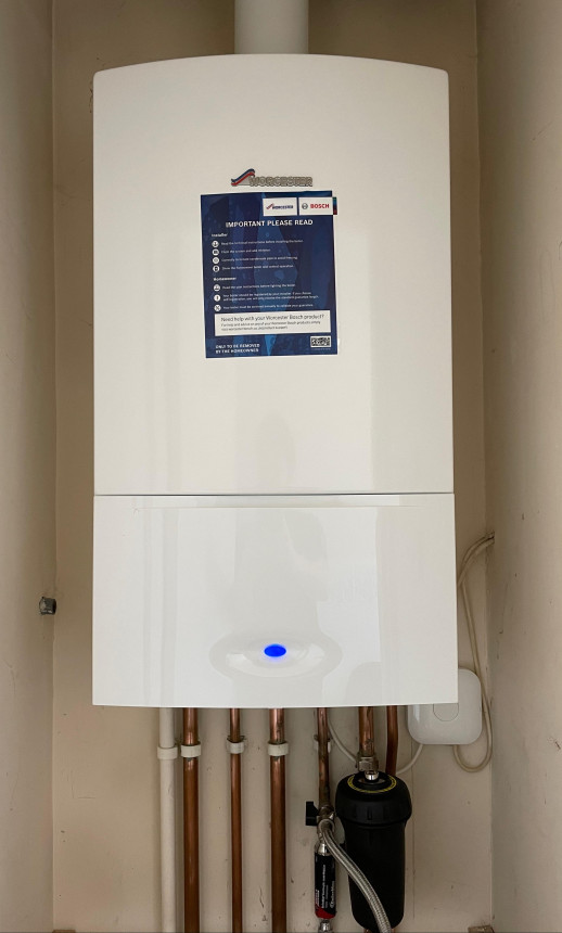 Worcester Greenstar 30KW combi boiler fitted with a Nest smart thermostat
