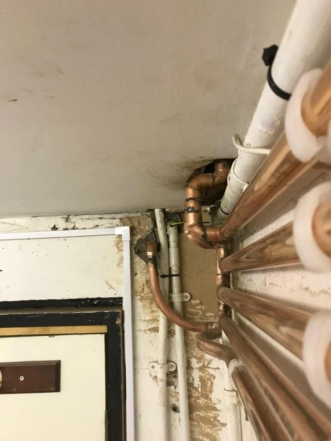 Symmetrical pipework