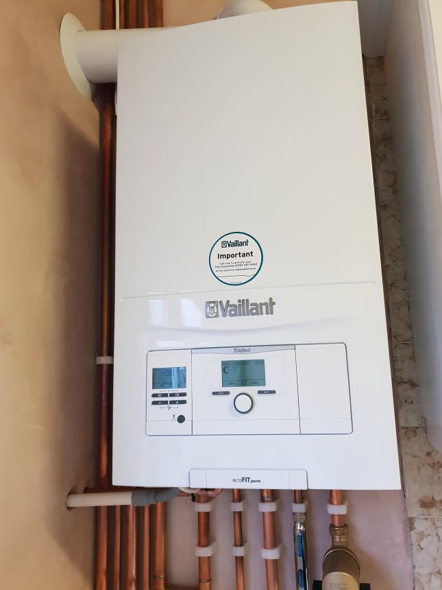Vaillant Eco Fit Pure 830 installation