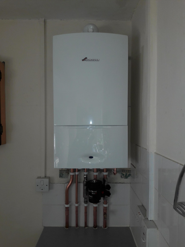 Worcester 30i Erp fitted in a kitchen.