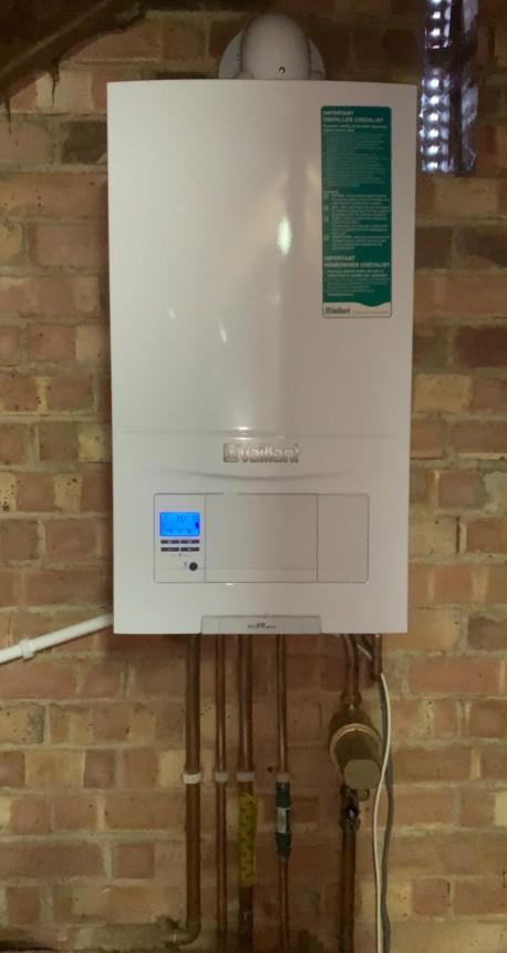 Vaillant Ecofit Pure 830 Combi Boiler